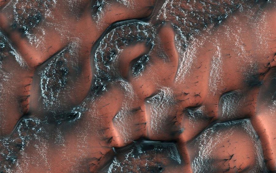 Dunas nevadas en Marte